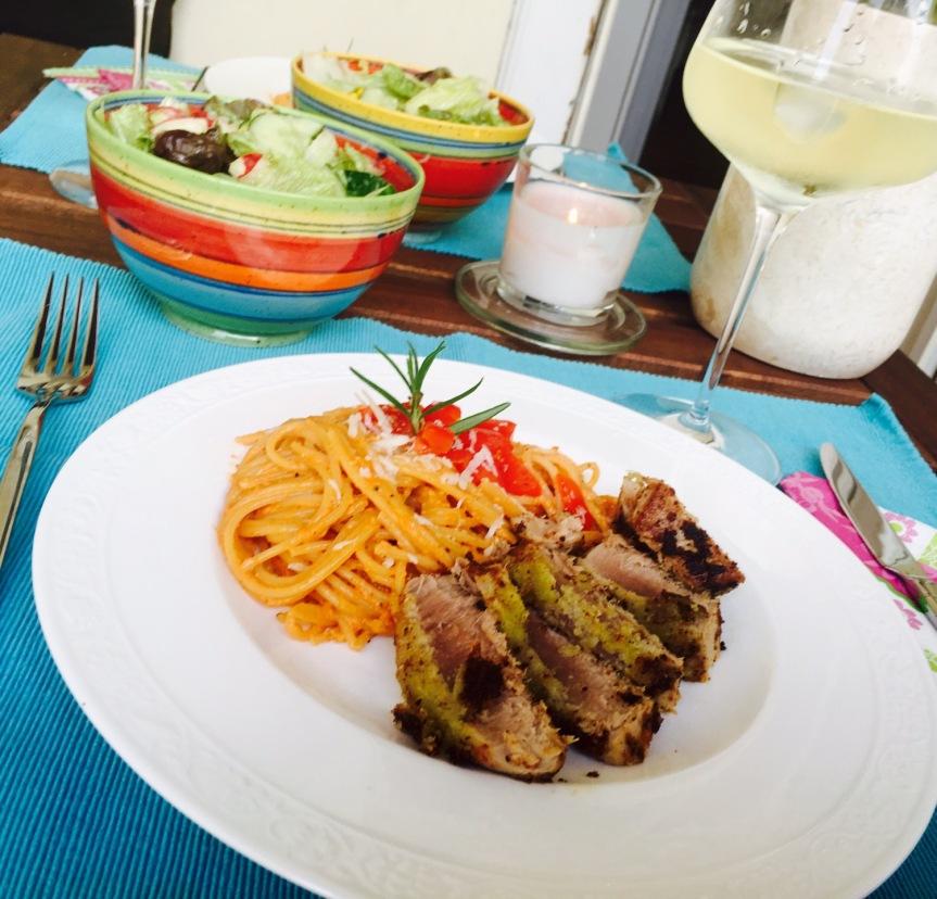 Thunfisch mit Wasabikruste & Spaghetti mitPaprikapesto
