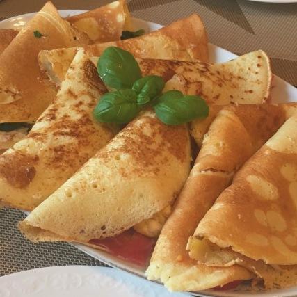 Gefüllte Frühstücks-Palatschinken