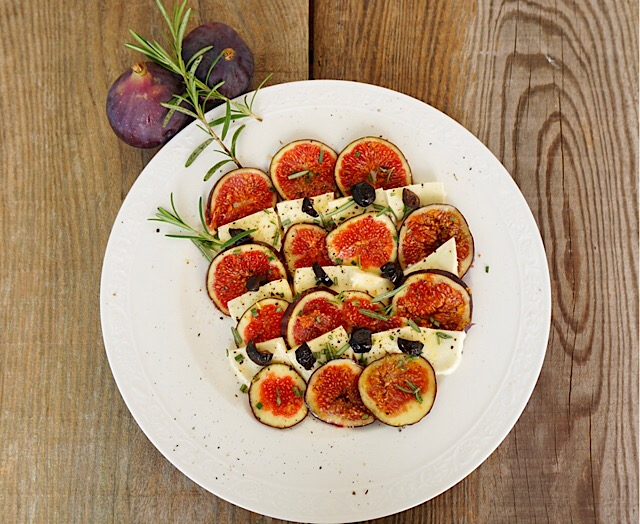Feigencarpaccio mit Mozzarella
